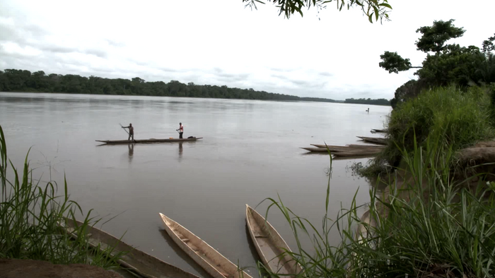 Congo's Riverside Midwife