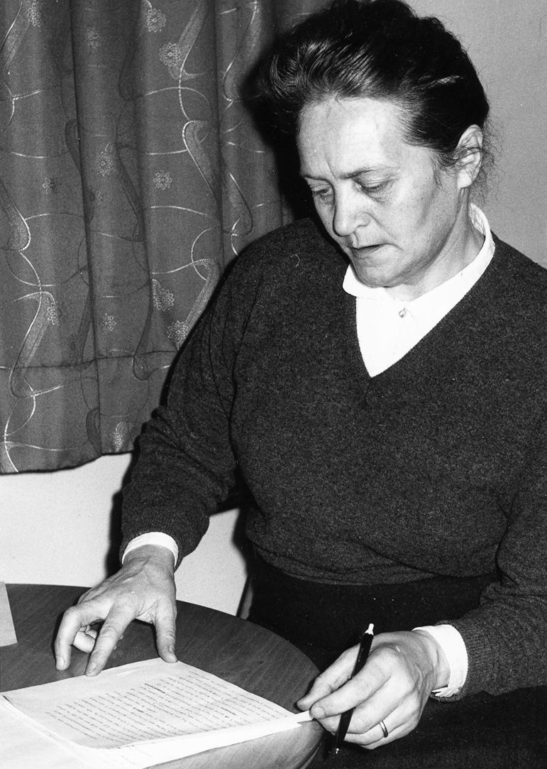 Halldóra B. Björnsson - Mynd fengin af vef http://borgarbyggd.is/frettir-slideshow/safnahus-borgarfjardar-unga-folkid-semur/