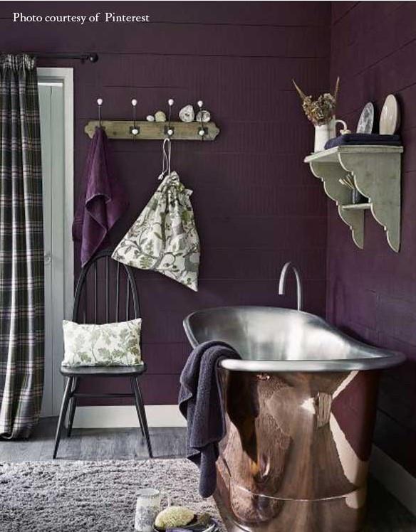 salle de bain style rustique couleur violette moderne