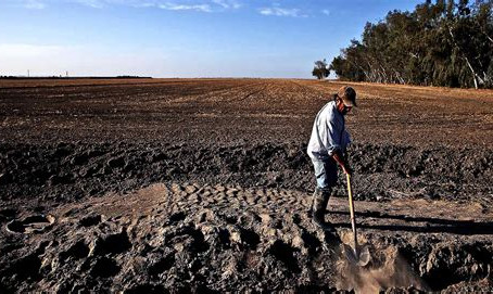 Water is being intentionally withheld from US Farms - Food shortages are being manufactured