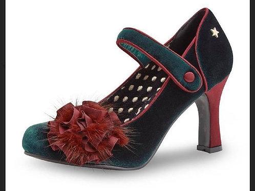 Parade Shoe