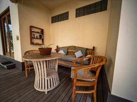 Lounge arae