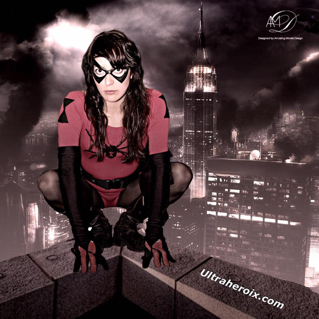 Arachnedame over the city