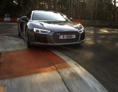Audi R8 racing track gray bonnet front