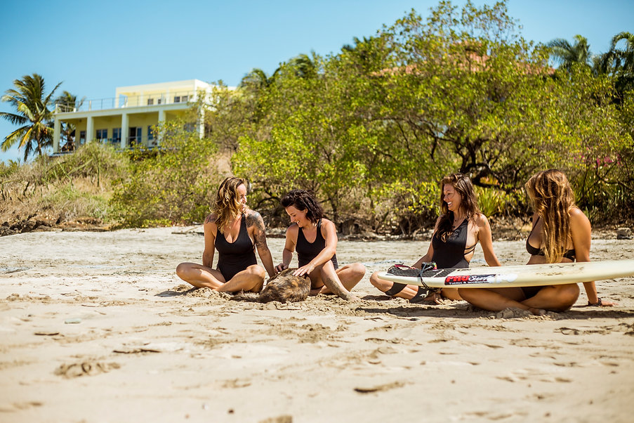 YOGA SURF RETREAT COSTA RICA