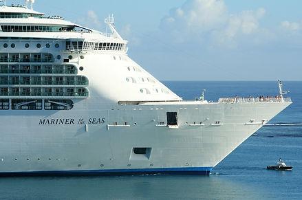 cruise-ship-141710_1920.jpg