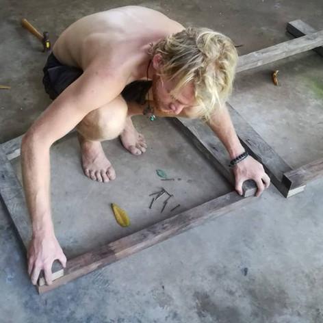 Building - Construyendo