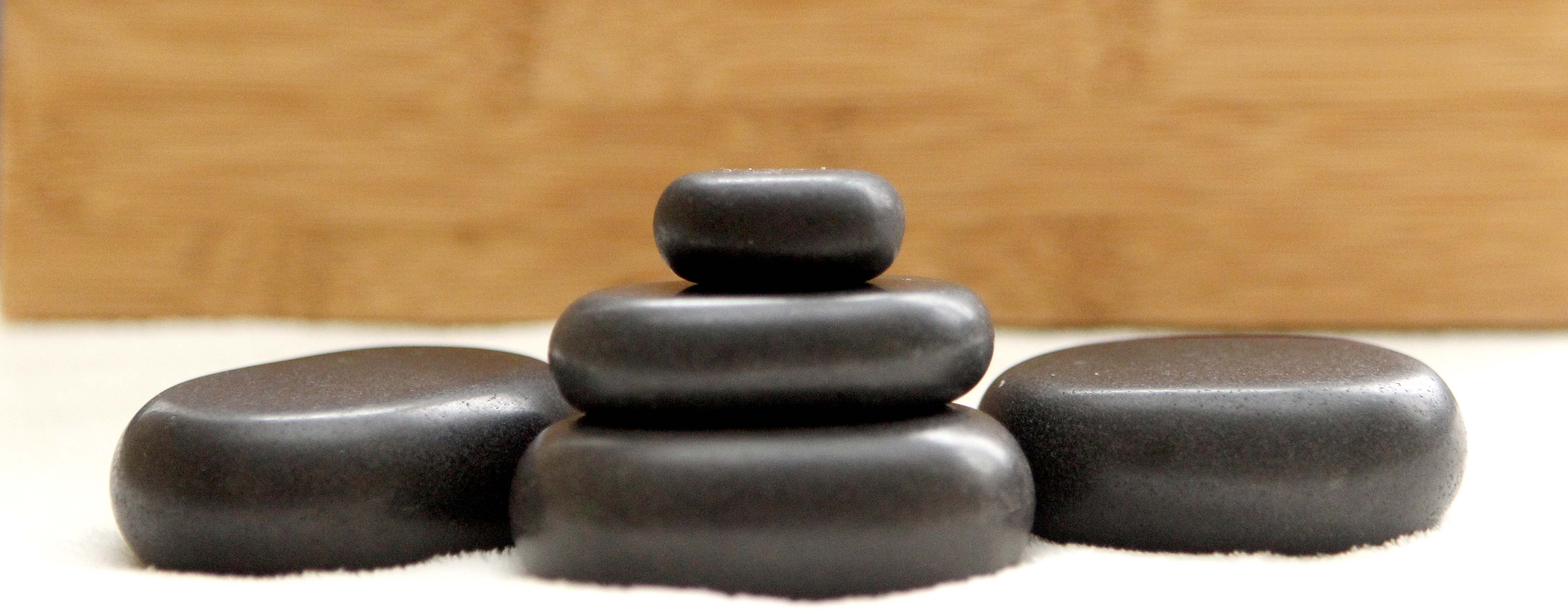 Hot-Stone-Massage in Wolfsburg