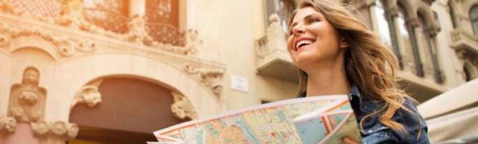 happy-tourist-rect.jpg