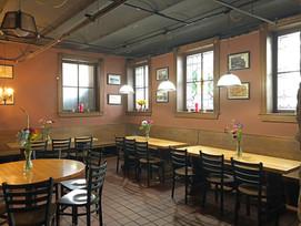 Ratskellar tables and windows
