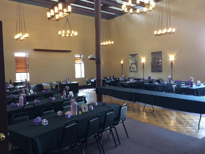 Eisenhalle tables