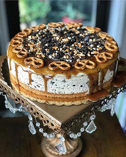 Salted Caramel Oreo Cheesecake