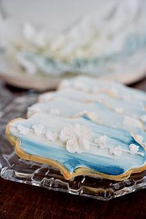 Mr&Mrs White Flower cookies.jpg