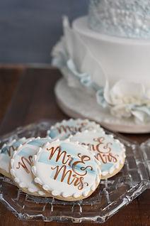 Mr&Mrs cookies.jpg