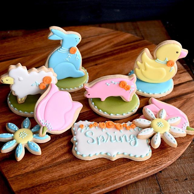 Here is a Spring themed cookie set with