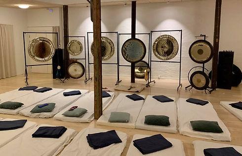 Gong meditation.jpg