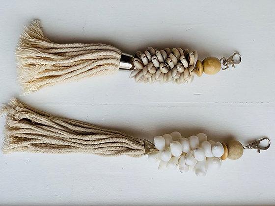 Tassels. Smukke balinesiske muslingeskaller til tasker el. nøgleringe