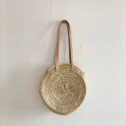 Medium round straw bag with leather straps