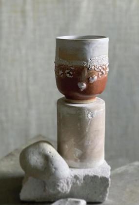 Keramik krus i farven Cappuccino