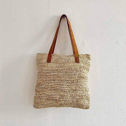 Square light straw bag with leather straps