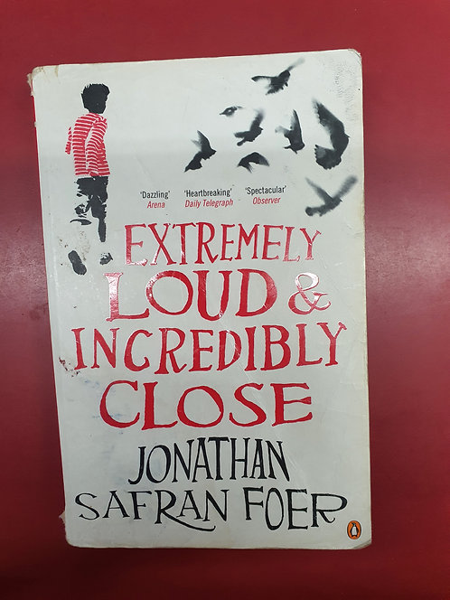 Extremely Loud and Incredibly Close (SECOND HAND)