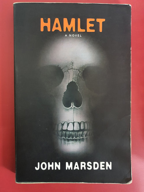 Hamlet, A Novel (SECOND HAND)
