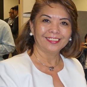 Myrna Paz