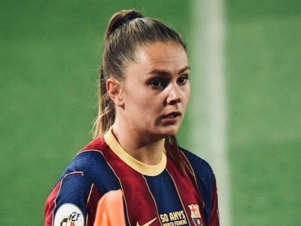 Lieke Martens' big game condondrum for Lluis Cortes