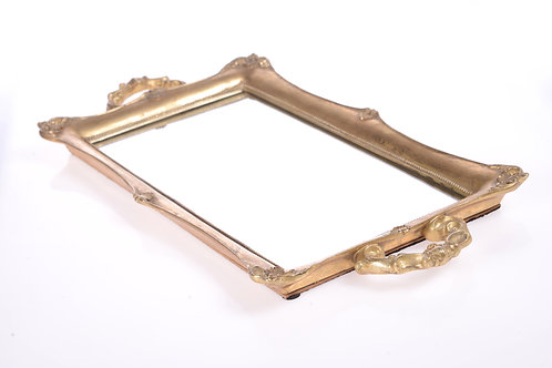 Gold tray with mirrored base