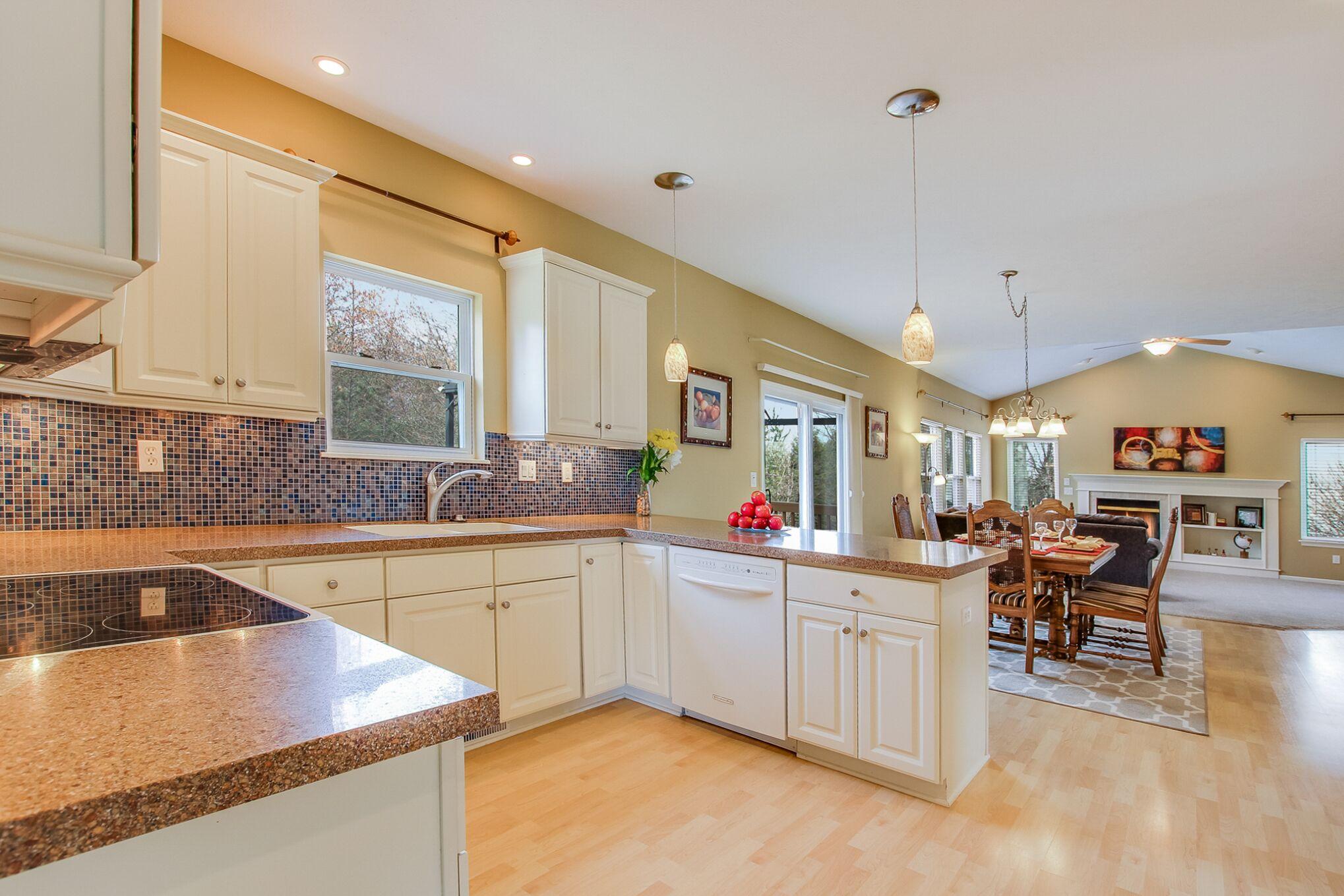 0362 Kitchen