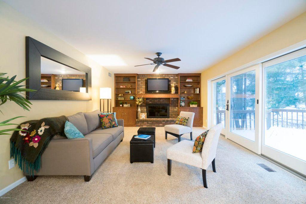 0332 Living Room
