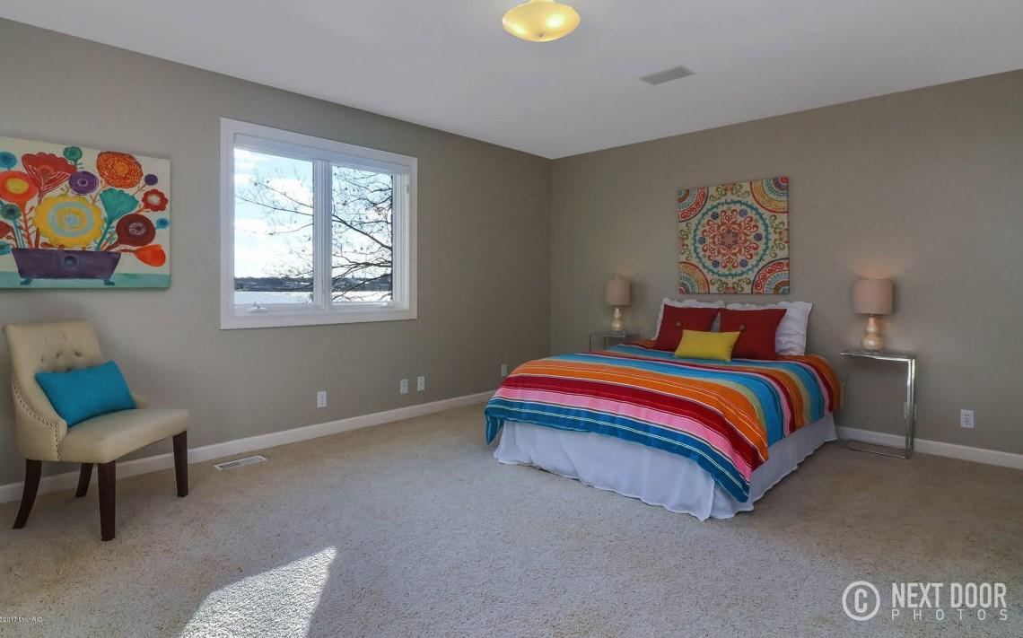 0296 Girl's Bedroom
