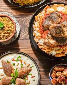 976781106_Traditional Egyptian Food.jpg
