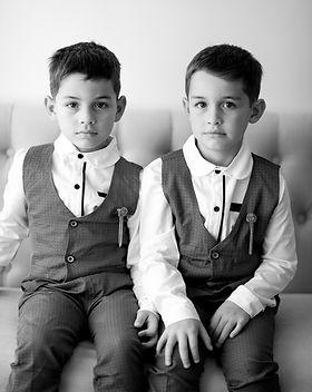 Kids_2bw.jpg