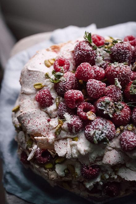 Berries Pavlova