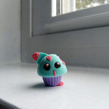 Zombie Kitty Cupcake