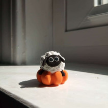 Lazy Pumpkin Sheep