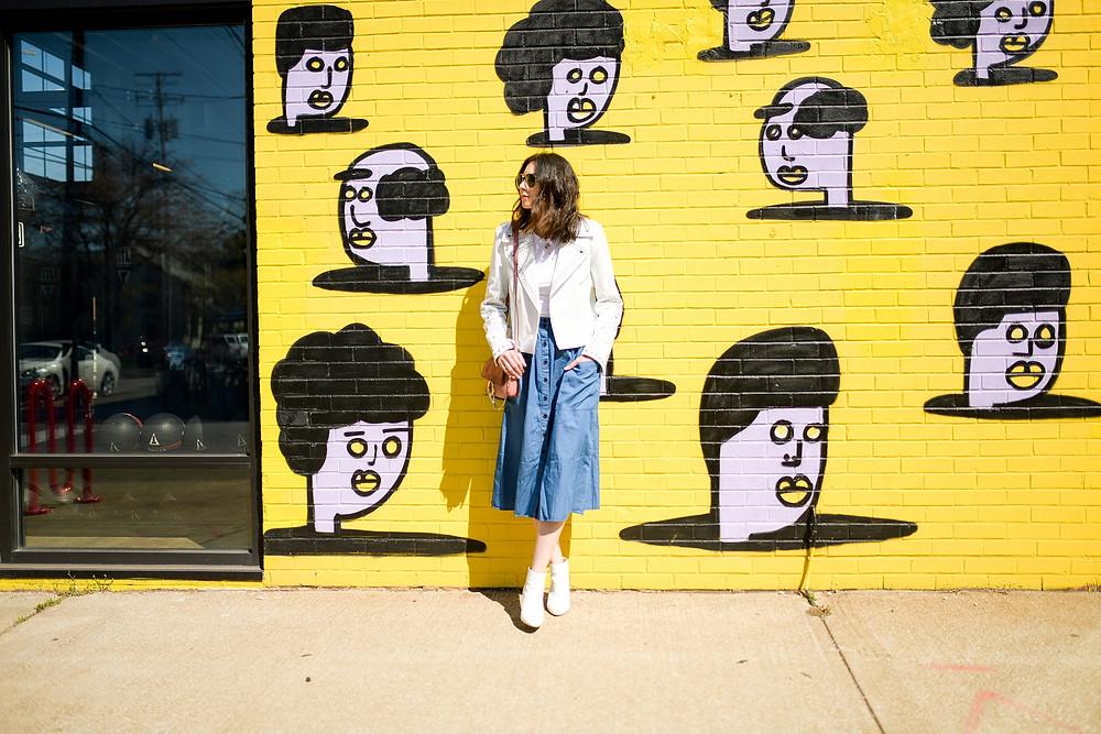 ohio city hingetown branding session near mural