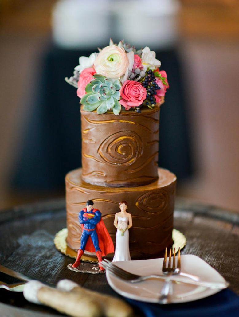 brunswick ohio wedding cake with succulents