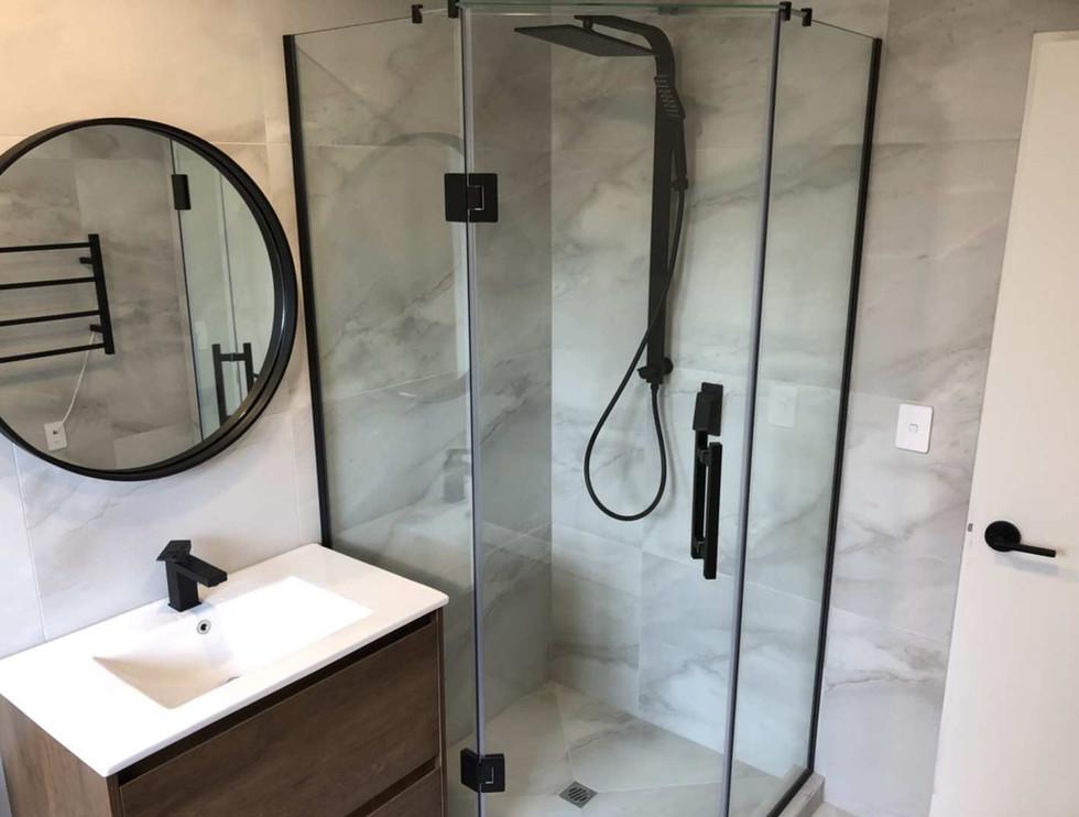floor plywood 750 vanity + ceramic basin