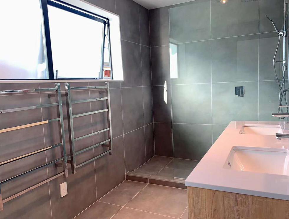 moonbay 1500 double bathroom vanity+heat