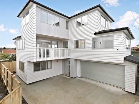 Architecturally designed sunny home