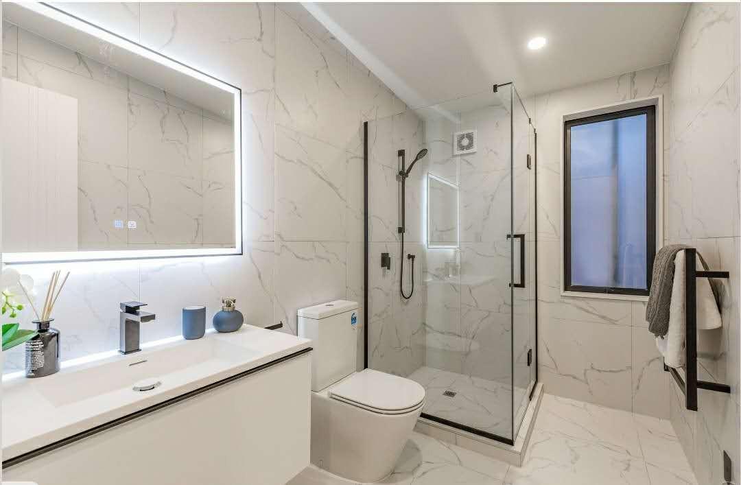 ty white vanity+corian basin+led mirror