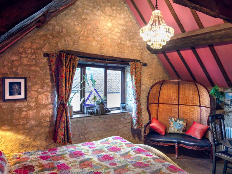 Master Bedroom-20-12.jpg