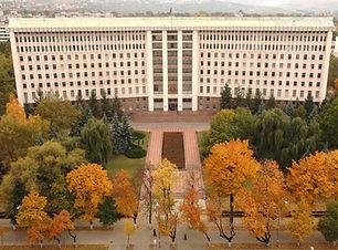 parlament7.jpg