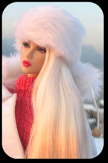 doll valeria lukyanova human doll vk dinara living doll barbie doll tiny waist long blonde hair ltress valeriahumandoll