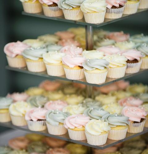 cakes mini for wedding.jpg