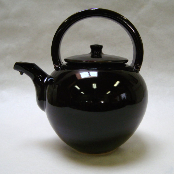 Black teapot-overtop handle