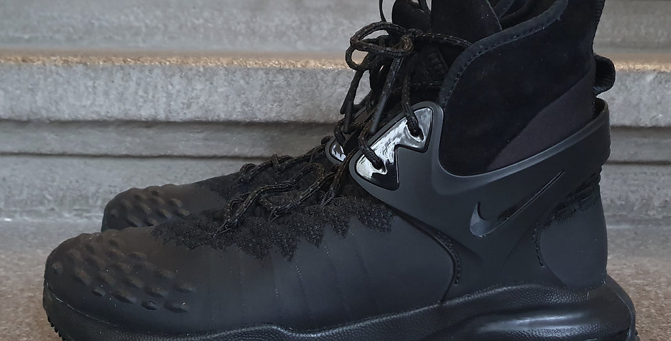 NWOB Acronym x NikeLab ACG Zoom Tallac sz44