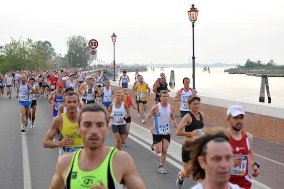 moonlight-half-marathon-2013-ponte-maratona.jpg